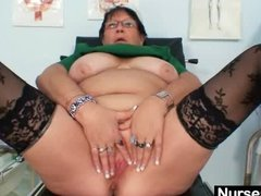 old BBW ex-wife is fingering her thick vagina