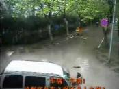 Best of chinese Traffic Accidents! LOL