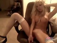 A blondie girl very beatiful by cam