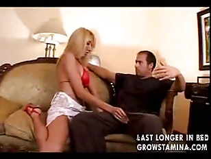 Hot blondy gets nailed