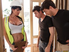 attractive Belgian electrician is double teamed on the job