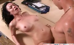 pretty MILF likes young dong