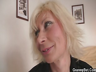 mature blonde takes it from booty