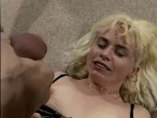 HORNY GERMAN HOUSEWIFE ANALYSED