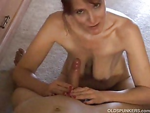 petite cougar amateur swallows dong like.