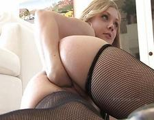 Drew amazing blonde broad fingering and fisting twat