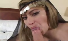 naughty Arab woman likes to suck and fuck