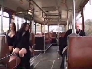 two French bitches drilled in a Bus