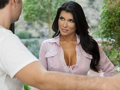 College librarian Romi Rain wants to collect more than just books