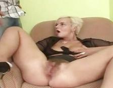 Hairy yellow-haired rubbing and blowing on a schlong