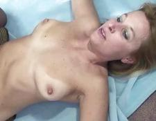 Curvy and older yellow-haired Liisa is riding a schlong