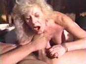 cougar old lady girl Gets A Facial