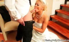 fine blondy babe goes crazy swallowing