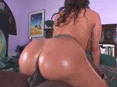 AVA fucks the juice out of this midget