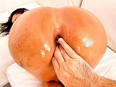 huge OILED butt EURO BBABE TAKES HARD ANAL ass FUCK