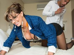 cute Spanish real estate agent mounts her client to make a sale