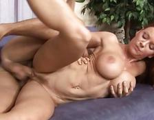 Janet Mason eats fresh spunk from her pussy