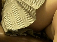 Free upskirt flashing no panties porn pictures