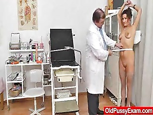 Redhead fiance puss doctor role play