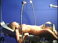 Nicole on the thrillhammer - countless orgasms