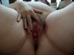 cougar pussy Clit Play