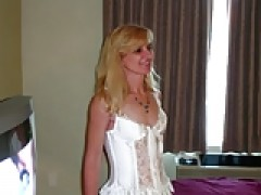 hot cougar wifey drilled by bbc in hotel (cuckold)