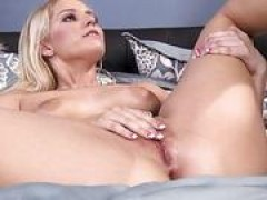 Babe gets pounded so well