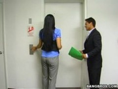 HOT chinese LOCKED IN THE ELEVATOR