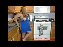 yellow-haired BBW Chef