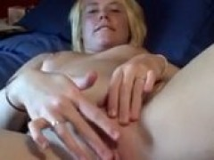 Banned tape Of Amateur GF Toying Her vagina With Rabbit Dildo