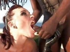 Brook Scott and Dana DeArmond hot maid do spunk swapping