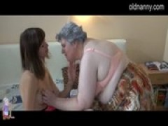 BBW grandmother fucking with younger chick