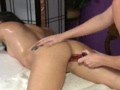 Bigtitted Massage Therapist loves Her Shiny greased brown hole tunnel