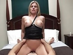 Fit blondie - POV Mum Roleplay 2