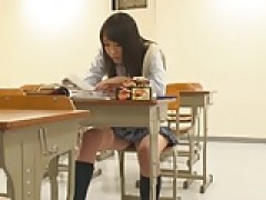softcore nonnude chinese schoolgirl upskirt panty tease