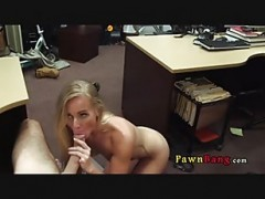 blonde lady Hidden-Cam blowjob